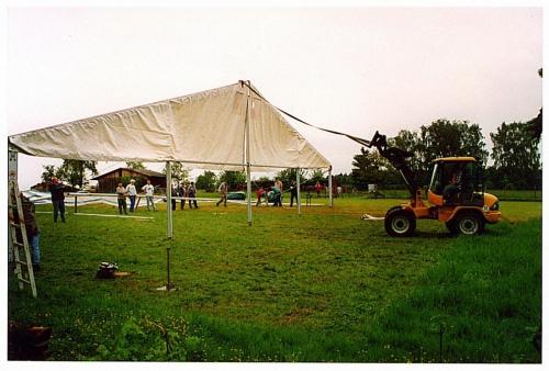 Zeltaufbau (3)