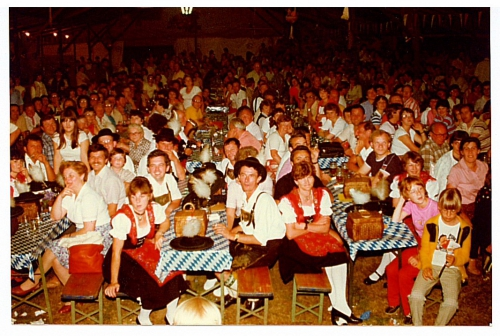 1982 - 80 Jahre Blasmusik - Festzelt (2)
