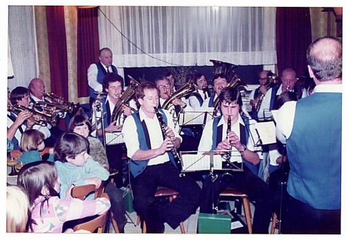 1982 - Christbaumverlosung - Musikverein (1)