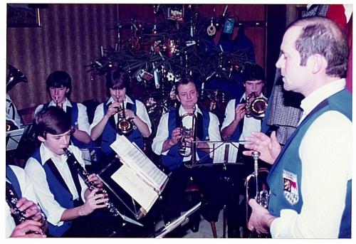 1982 - Christbaumverlosung - Musikverein (2)